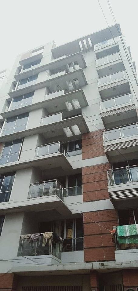 34500sqft 5 Bedrooms on unit of flat for Rent.